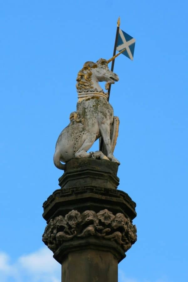a statue of an unicorn in scotland
