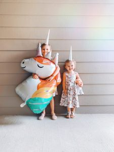 little-girls-celebrating-a-unicorn-birthday-party-